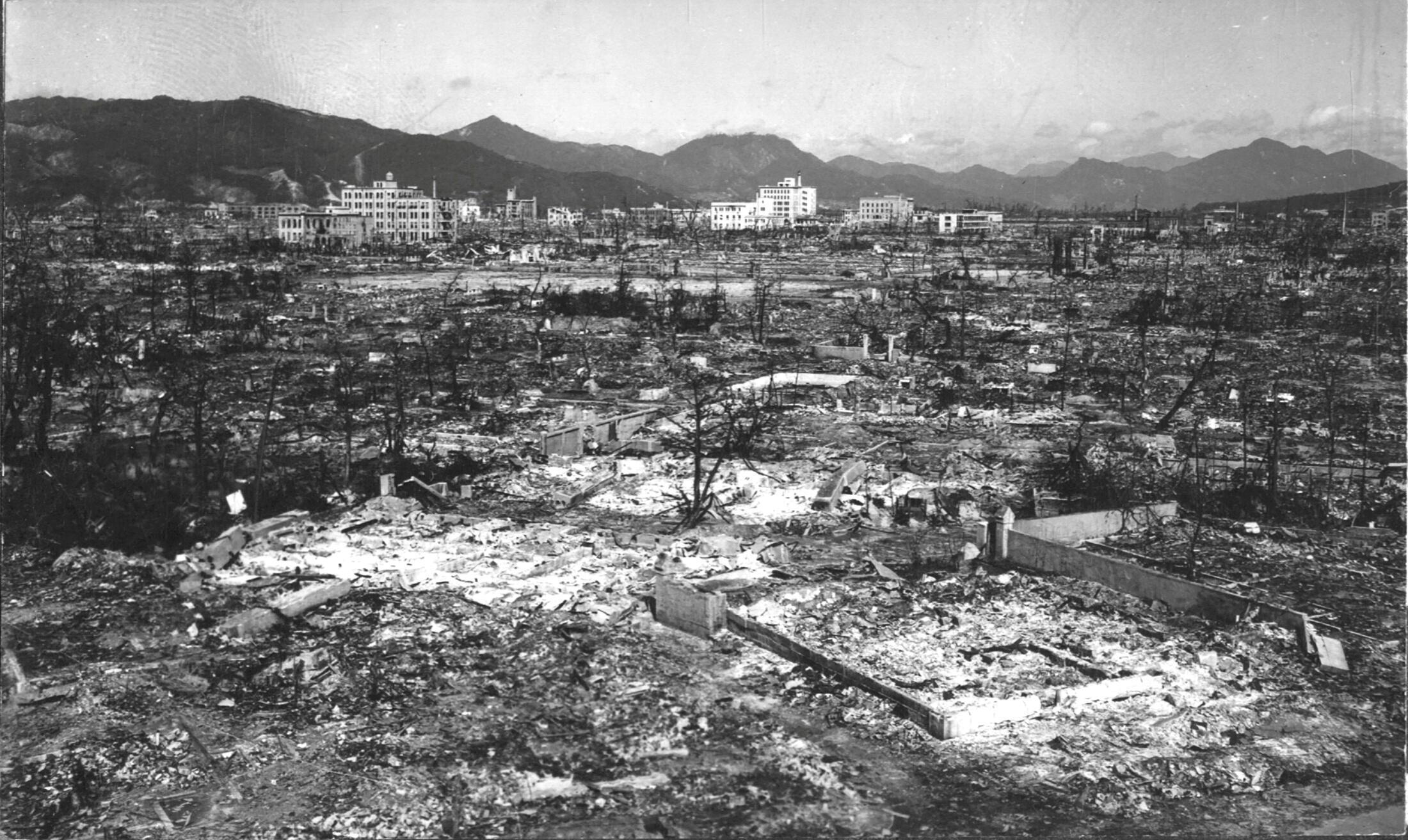 La devastación causada por la bomba atómica en Hiroshima. Foto sin fecha.