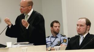 Geir Lipepstad, advogado do assassino norueguês Anders Behring Breivik, faz seu último pronunciamento no Tribunal de Oslo, nesta sexta-feira.