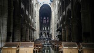 Notre-Dame de Paris depois do incêndio, em 16 de abril de 2019.