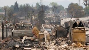 Um bairro destruído pelo incêndio Carr, em Redding, Califórnia (27/07/2018).