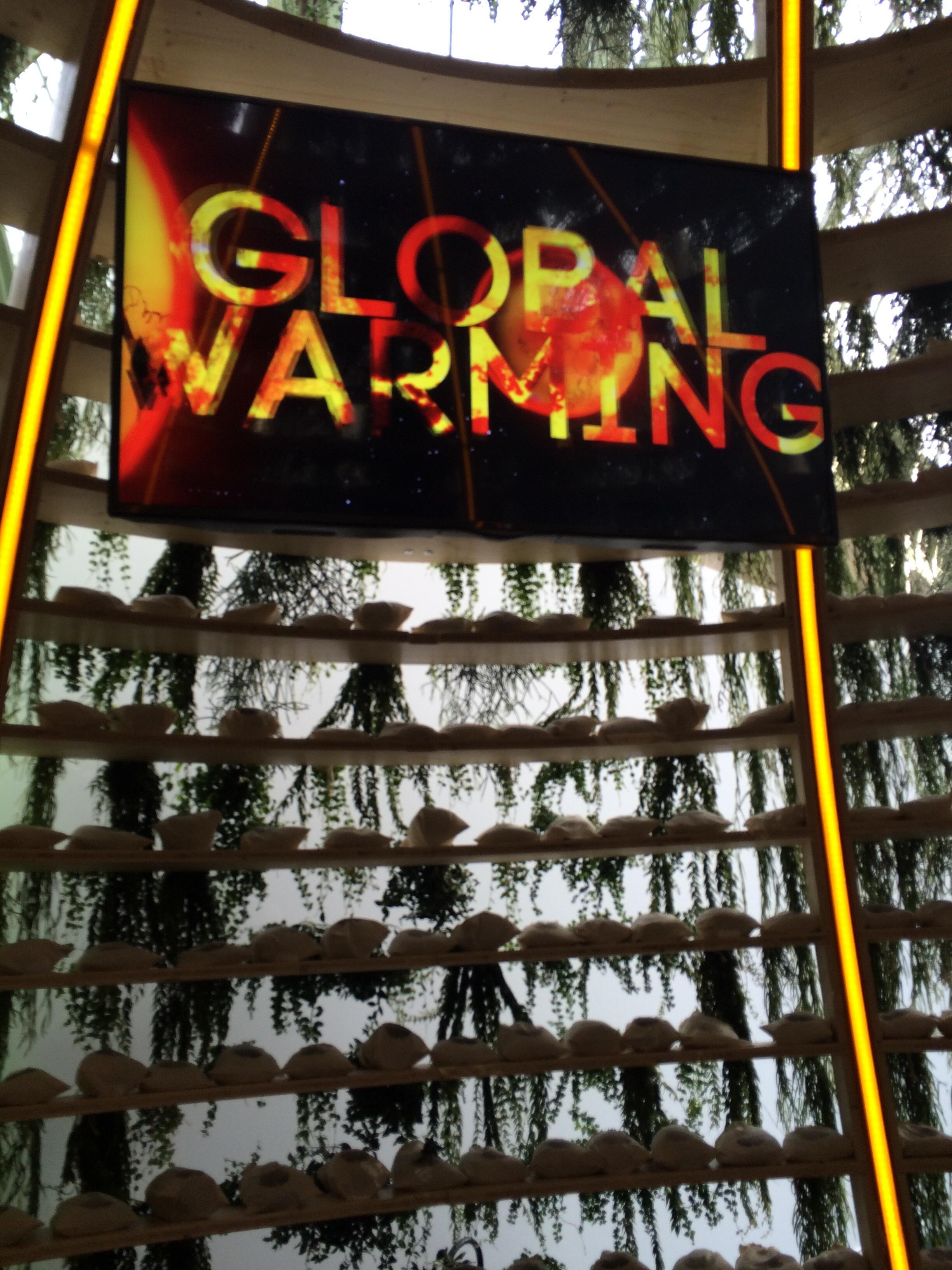 Obra do artista Alexis Tricoire mostra evolução do aquecimento global