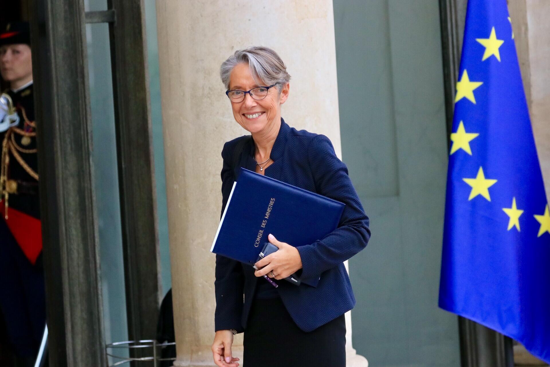 法国劳工部长埃丽莎白·波恩(Élisabeth Borne)