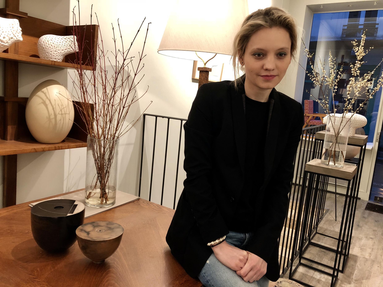 Ксения Нагонова в галерее Transatlantique