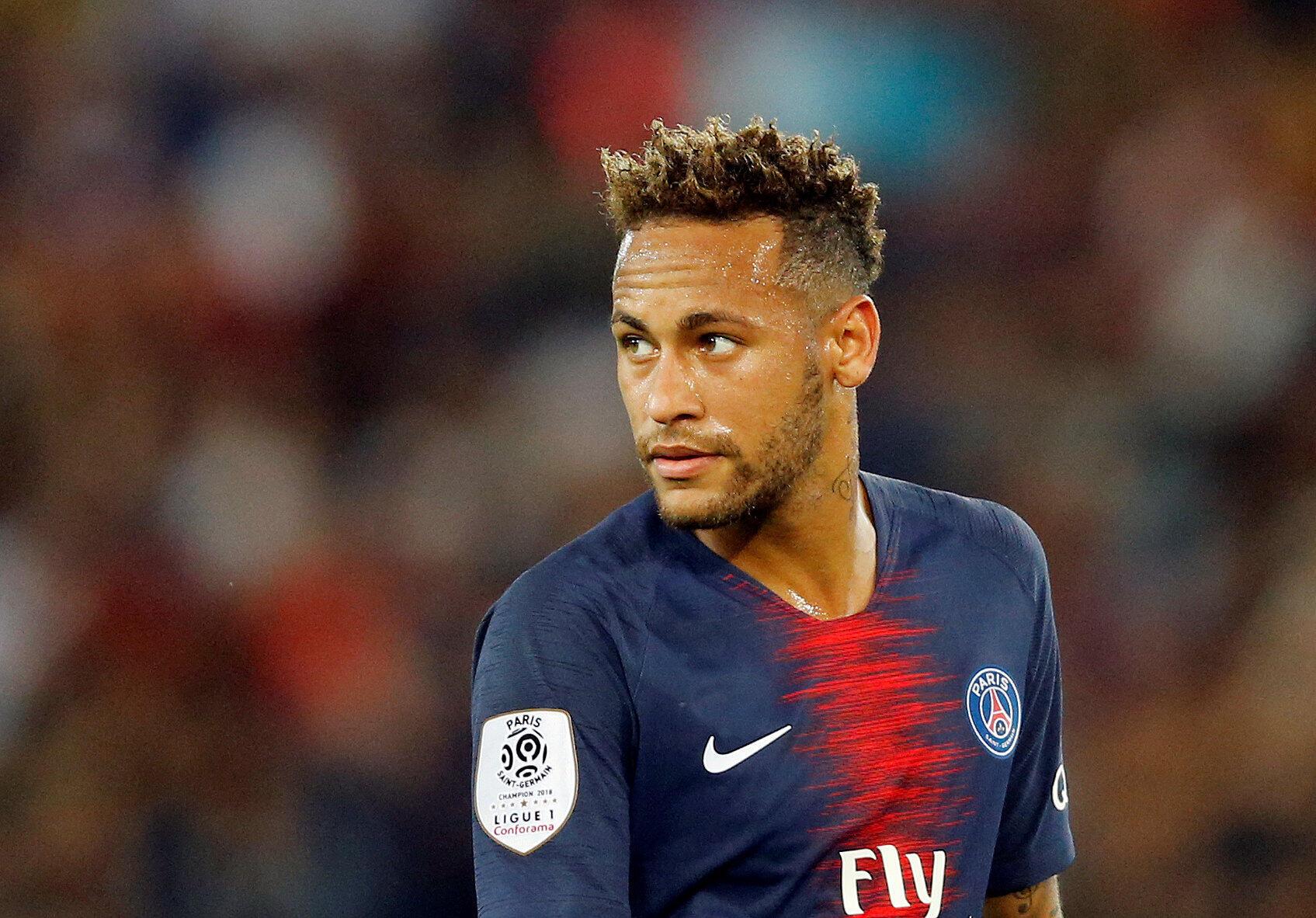 Neymar, tsohon dan wasan Barcelona da ya sauya sheka zuwa PSG.