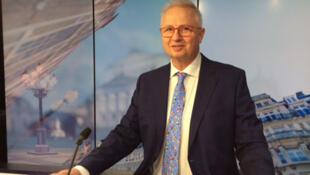 László Trócsányi.