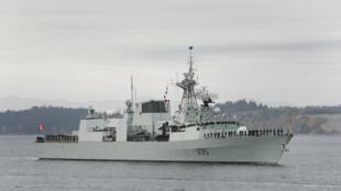 Ảnh tư liệu: Chiến hạm HMCS Calgary quay trở lại cảng Victoria, British Columbia, Canada ngày 24/10/2008.