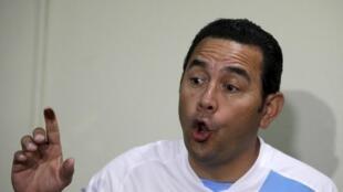 Arrivé en tête du premier tour de la présidentielle, Jimmy Morales ne connaît toujours pas son adversaire final.