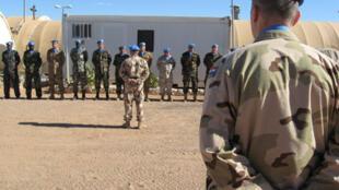 Militaires de la Minurso dans la base d'Agouanit en territoire contrôlé par le Polisario, au sud-est du Sahara occidental.