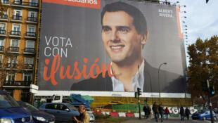 En Espagne, à Madrid, Albert Ribera est le leader du Parti ciudadanos.