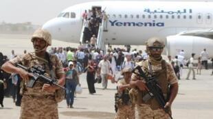 سربازان اماراتی در فرودگاه عدن - یمن