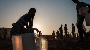 Etíopes desplazados de Tigré en campo de refugiados en Sudán, el 1 de diciembre de 2020.