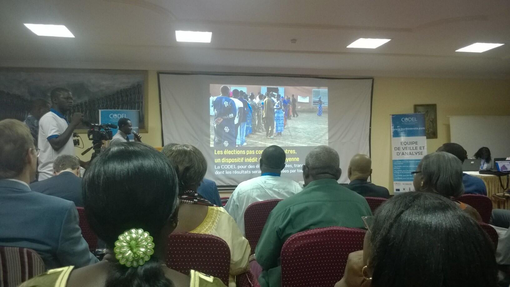 Codel members gather in Ouagadougou, 25 November 2015