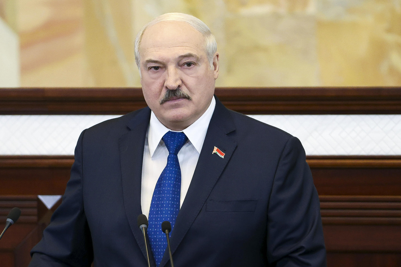 Le président Alexandre Loukachenko devant le Parlement biélorusse le 26 mai 2021.