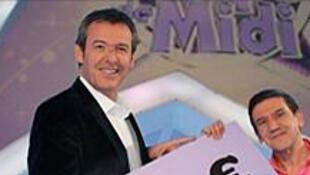 Christian (droite)  quitte  «Les 12 coups de midi» après 193 participations et 809 392 euros de gains.