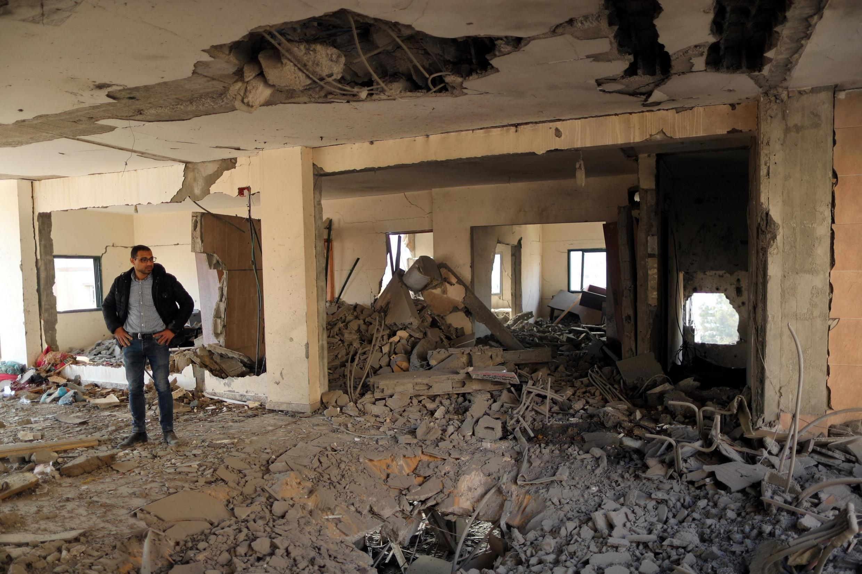 Một tòa nhà của người Palestine ở dải Gaza bị trúng pháo kích của Israel, ngày 05/05/2019.