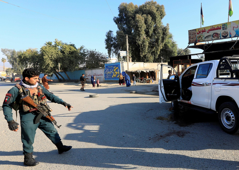 صبح امروز چهارشنبه ۱۳ قوس/۴ دسامبر افراد مسلح ناشناس به یک خودروی یک نهاد خیریه ژاپنی در ولایت ننگرهار در شرق افغانستان حمله کردند.