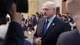 Александр Лукашенко принял отставку главы МВД Игоря Шуневича 10 июня