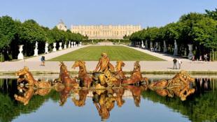 O suntuoso Palácio de Versalhes, na França, ganhará um hotel para receber turistas.