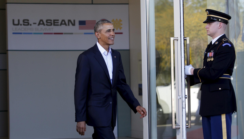 Tổng thống Mỹ Barack Obama đến tới họp thượng đỉnh với các lãnh đạo Đông Nam Á  tai Rancho Mirage, California 15/02/2016.