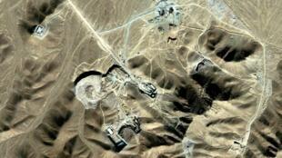 Foto feita por satélite em setembro de 2009 revelou o segundo complexo iraniano de enriquecimento de urânio perto da cidade de Qom.