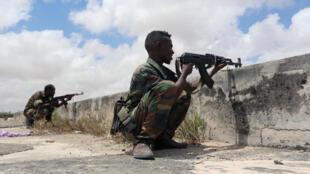 O grupo Al-Shabab ameaçou infiltrar mais extremistas nas forças de segurança da Somália. Imagem de arquivo.