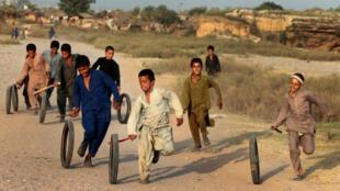 کودکان مهاجر افغان در حاشیه اسلام آباد پاکستان