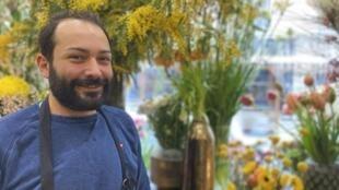 Daniel Ribeiro, Florista.