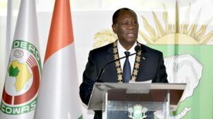 Le président Alassane Ouattara a prêté serment, lundi 14 décembre 2020.
