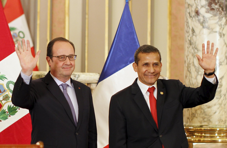 Los mandatarios François Hollande y Ollanta Humala en Lima, este 23 de febrero de 2016.