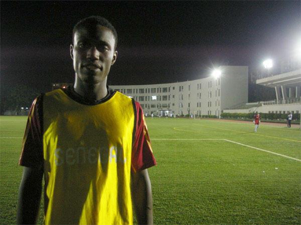 Omar Diarra, bientôt 21 ans, joueur professionnel en quête de club.