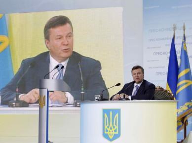 Виктор Янукович на пресс-конференции в Киеве 4 июня 2010