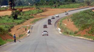 Un segment de la route reliant Brazzaville, Dolisie et Pointe noire.