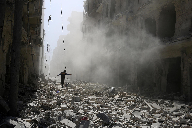 敘利亞阿勒頗遭敘利亞政府軍和俄軍轟炸後, 2016年9月25號