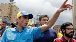 O líder opositor Henrique Capriles, durante manifestação contra o governo de Nicolás Maduro no dia 14 de maio.