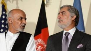 احمد سرور، دیپلمات پیشین افغانستان، پیامد شومی را با تشکیل دو دولت موازی در این کشور پیشبینی میکند.