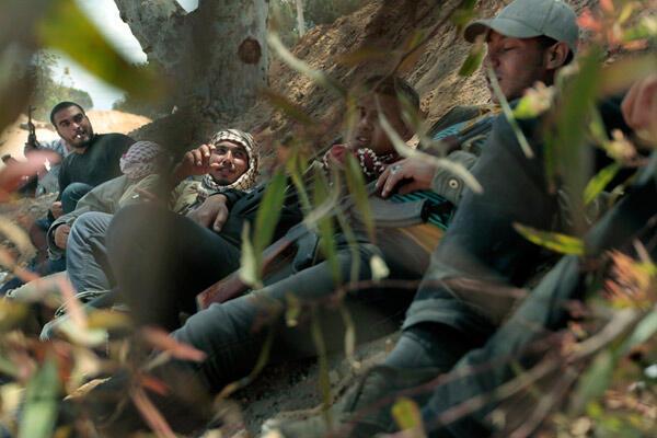 Insurgentes líbios em Misrata, em maio de 2011.