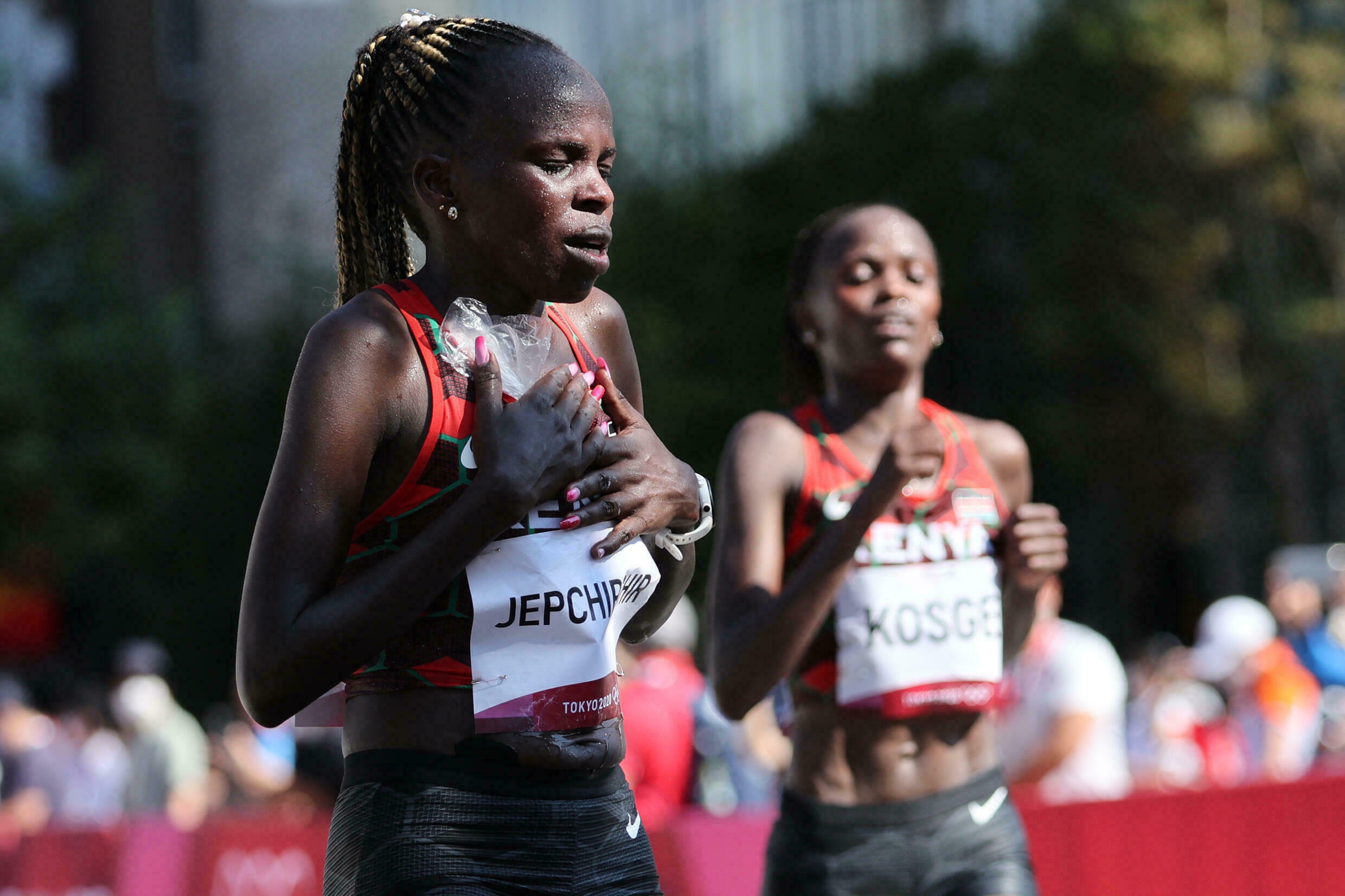 Kenya's Peres Jepchirchir (L) inflicted world record holder and compatriot Brigid Kosgei's (R) first defeat in five marathons when she won the Olympic title