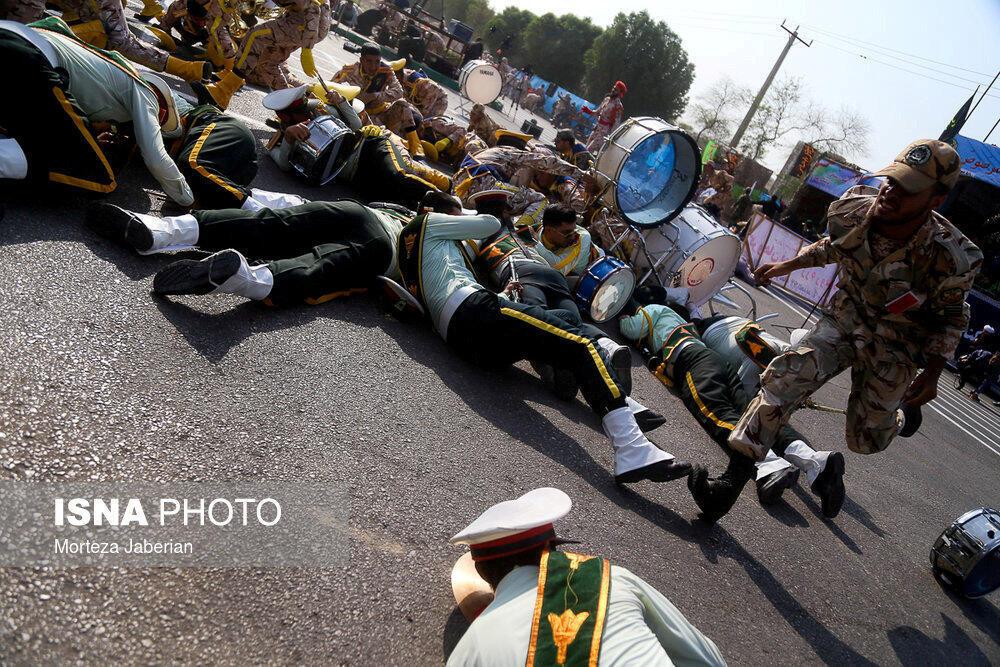 Imagen del atentado del 22 de septiembre durante un desfile militar en Ahvaz, Irán.