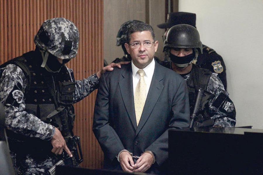 El expresidente salvadoreño Francisco Flores durante su arresto el pasado mes de diciembre.