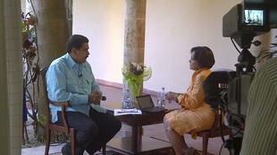 Nicolas Maduro, vice-presidente venezuelano, após conceder entrevista nesta terça-feira, ao canal de TV Telesur, sobre o estado de saúde de Hugo Chávez, que segue internado em Havana.