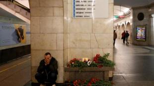 Станция «Технологический институт» в петербургском метро на следующий день после теракта, 4 апреля 2017 года