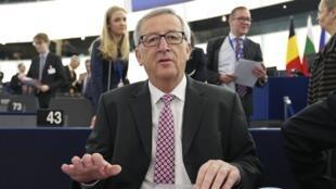 Le président de la Commission européenne Jean-Claude Juncker, ici le 26 novembre 2014, a laissé entendre sa préférence dans la présidentielle grecque.