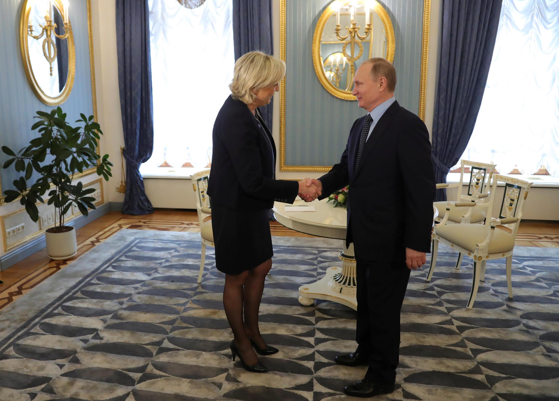 Марин Ле Пен на встрече с Владимиром Путиным в Кремле. 24/03/2017