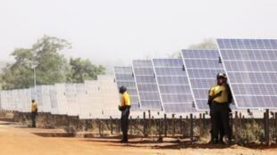 La ferme solaire de Zagtouli au Burkina Faso, d'une capacité de 33 mégawatts.