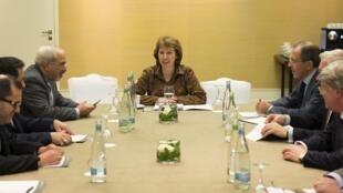 دیدار سه جانبه محمد جواد ظریف، کاترین اشتون و سرگئی لاوروف- وزیر خارجه روسیه در ژنو.