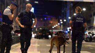 Bruxelles : Cảnh sát tại nơi xẩy ra vụ tấn công vào các quân nhân tuần tra, tối 25/08/2017.