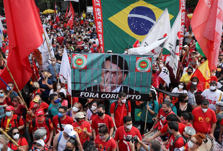 2021-10-02T190127Z_97191166_RC2T1Q9UQ5UU_RTRMADP_3_BRAZIL-PROTESTS-min