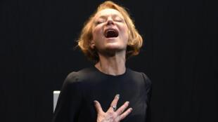 La comédienne Marilú Marini, dans «La journée d'une rêveuse», à voir au Théâtre du Rond-Point.