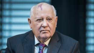 Kiongozi wa mwisho wa USSR (Urusi ya zamani) Mikhail Gorbachev, hapa ilikuwa mwezi Novemba 2014. Alitia saini makubaliano kuhusu nyuklia na Rais wa Marekani Donald Reagan.