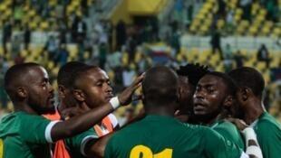 sjmasibuprq8ipgpp7td - Comores - football
